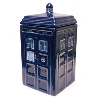 Mike 39 s comics 39 nifty doctor who items page - Tardis ceramic cookie jar ...